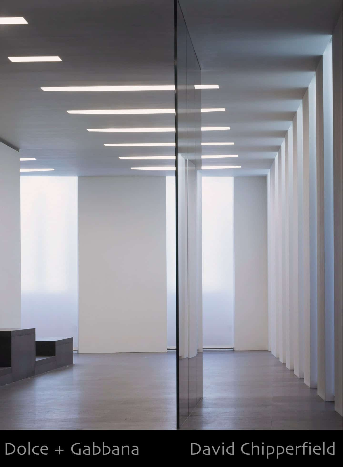 A slide show of mainly interior spaces, museums, galleries...